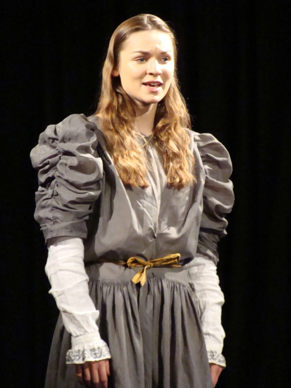 Chloe Higham-Smith as Cordelia